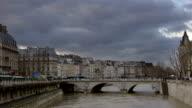 Bridge in Paris, timelapse