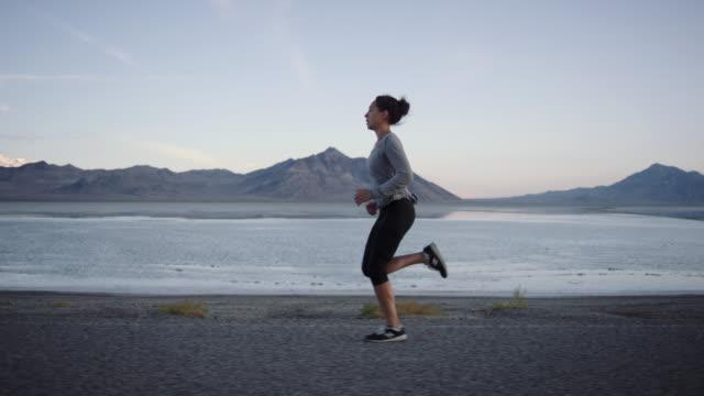 SLO MO 4K: Brisk Morning Run