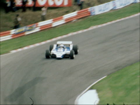 British Grand Prix Jones wins ENGLAND Kent Brands Hatch EXT Cars away from the grid at the start of the British Grand Prix Cars around the track...