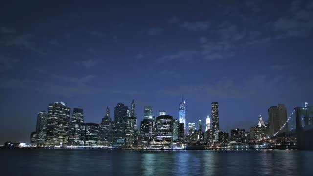 Brooklyn bridge and freedom tower, Manhattan, New York, USA