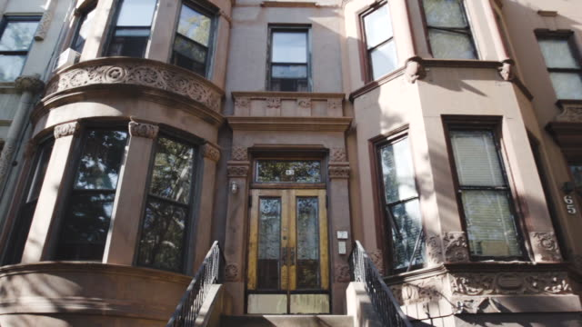 Brooklyn Brownstone - establishing shot - dolly shot - summer 2016 - New York City