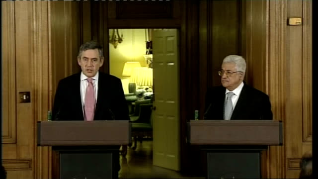 Brown meets Abbas Press conference ENGLAND London Downing Street Number 10 INT Prime Minister Gordon Brown MP and Palestinian President Mahmoud Abbas...