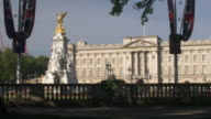 Buckingham Palace with the Victoria Memorial