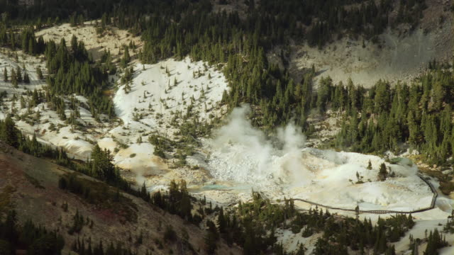 Bumpass Hell, one of the hydrothermal areas in Lassen Volcanic National Park, featuring hot springs, boiling mud pots and fumaroles.