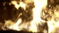 Verbranden van hout In de open haard