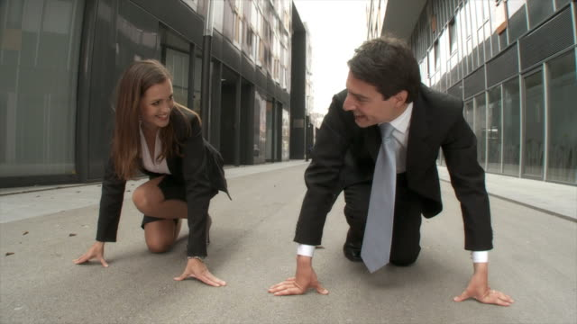 HD SLOW-MOTION: Business Competition