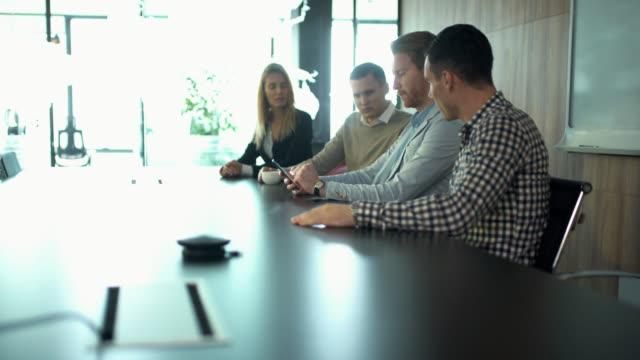 Business-meeting in einem Sitzungsraum.