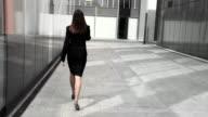 HD: Business-Frau am Telefon