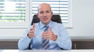 HD: Geschäftsmann, Videokonferenz
