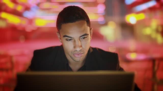 CU SELECTIVE FOCUS Businessman using laptop, Los Angeles, California, USA