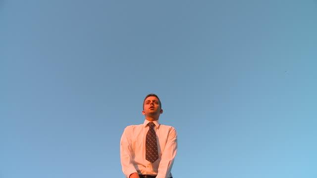 HD SLOW-MOTION: Businessman