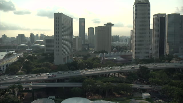 WS T/L TU TD Bustling city  from  flyer vantage point / Marina Centre, Singapore