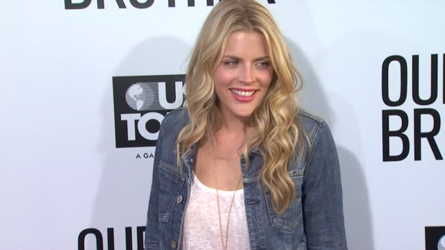 Busy Philipps at the 'Our Idiot Brother' Los Angeles Premiere at Hollywood CA