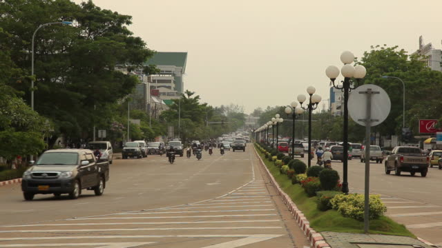 WS Busy street / Vientiane, Laos