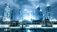 Belebten Verkehr und erleuchtete Skyline von shanghai bei Nacht, timelapse.