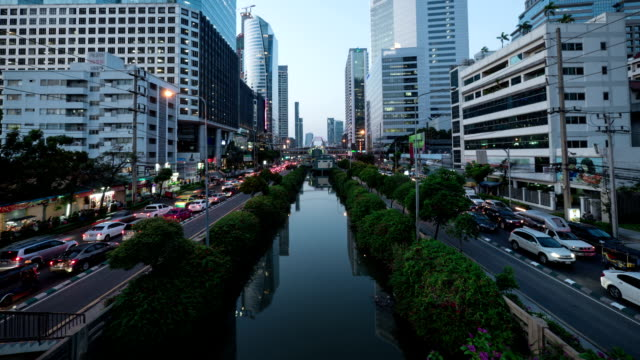 Busy Traffic In Bangkok City : Day To Night Time-Lapse