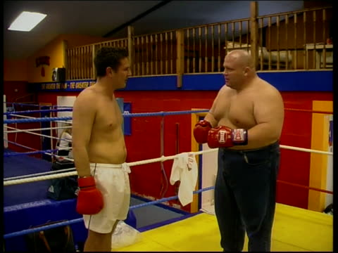 London Butterbean punching Campbell as explaining SOT I just want you to see how boxing feels / That hurts don't it / People don't realise how bad it...