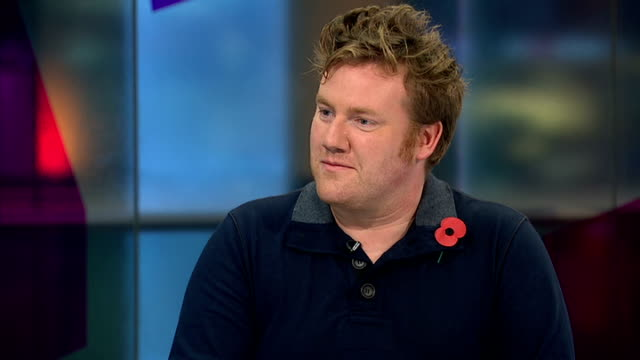 Calls to keep poppy installation at the Tower of London for longer period ENGLAND London GIR INT Paul Cummins in studio and Patrick Hennessey in...