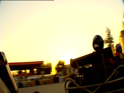 Camera follow gokarts around a track