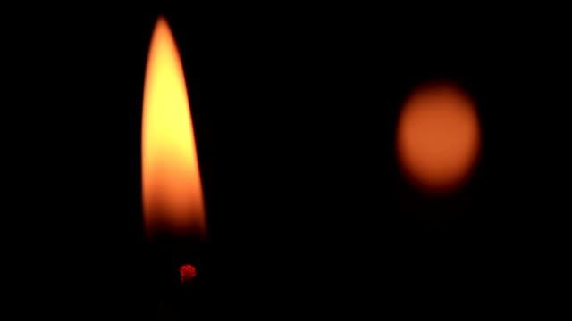 A lume di candela