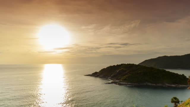 Cape Phrompthep Viewpoint; Time Lapse