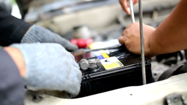 Autobatterie Service.