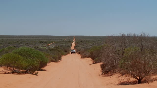 WS ZO Car drive through  francois peron national park / Denham, Western Australia, Australia