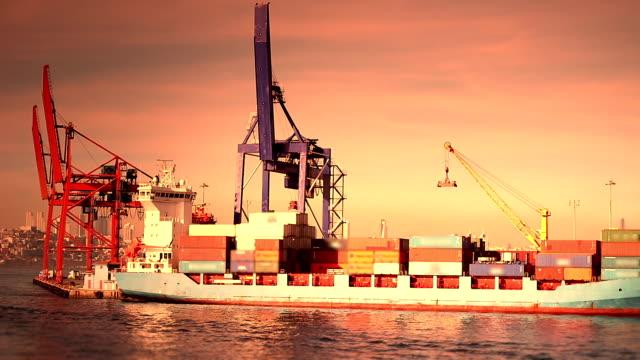 Nave Cargo di carico porto