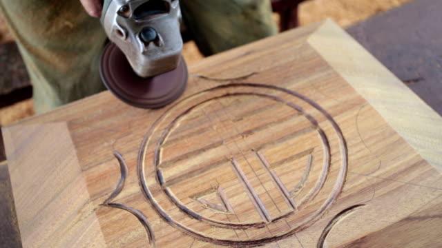 carpenter Handgefertigte traditionelle chinesische coffin.Real.