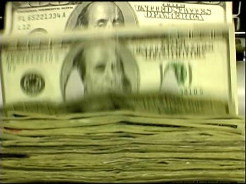 Contanti.  Banconote del dollaro banco.