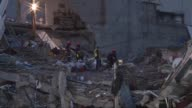 A casi una semana del terremoto de 71 grados que sacudio Mexico las esperanzas de encontrar vida bajo los escombros se agotan