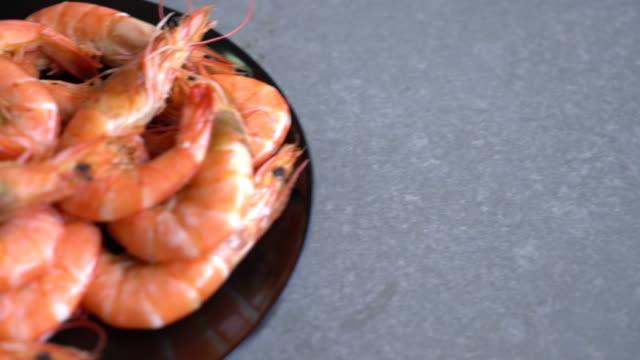 casseroled prawns:shrimps