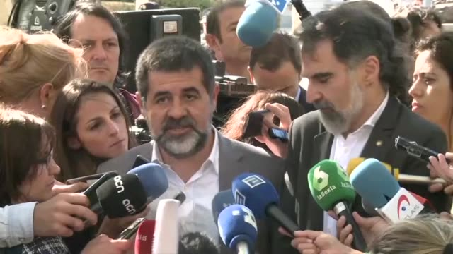 Catalonia's police chief and two prominent separatist leaders have avoided being remanded in custody at a court hearing over sedition accusations...