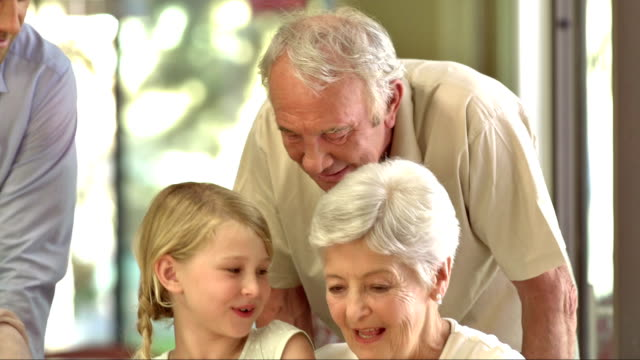 MS PAN Großmutter Geburtstag feiern