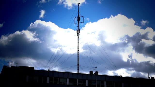 Handy tower in einer Stadt