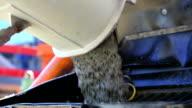 Betonmischmaschine Entladen Beton auf Baustelle CU