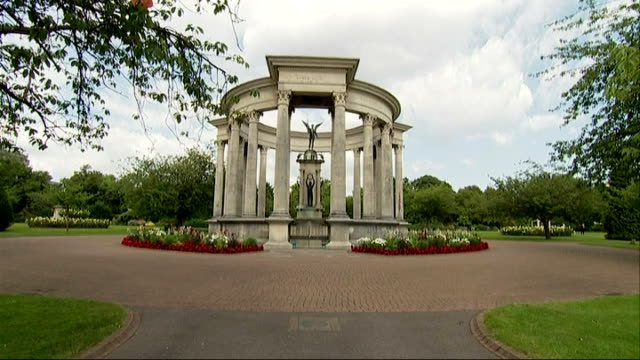 Welsh National war Memorial / 3rd Battalion Royal Welsh training exercise WALES Cardiff Cathays Park Alexandra Gardens EXT Welsh National War...