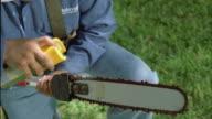 CU Chain saw getting sprayed off by lineman / Georgetown, Texas, USA