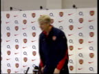 Chelsea to play Arsenal ITN ENGLAND London Higbury INT Arsenal Manager Arsene Wenger sitting down in press conference Arsene Wenger press conference...