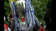 Chelsea in talks with Guus Hiddink LIB Roman Abramovich raising Barclays Premiership trophy aloft