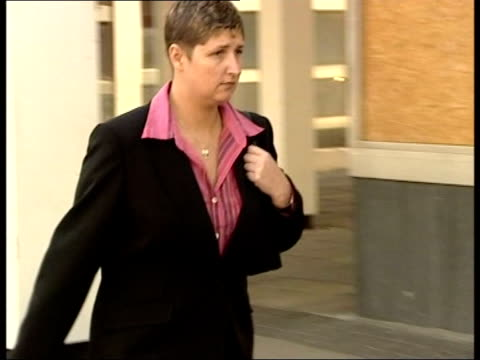CRIME / Childminder denies killing fivemonth old baby ITN Liverpool Crown Court Rebecca Wilson walking along PAN