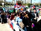 Chilenos rindieron homenaje al fallecido animador Felipe Camiroaga la principal figura de la TV local a las afueras de la sede del canal Television...