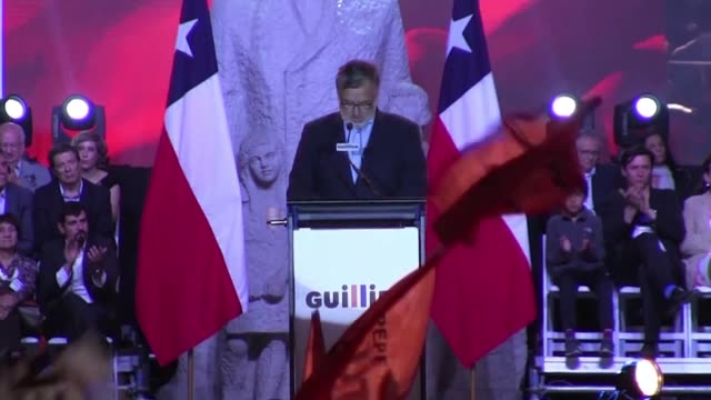 Chile's presidential candidate Alejandro Guillier draws his campaign to a close Thursday before the first round of votes on Sunday