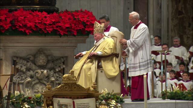 WS ZI ZO PAN Christmas midnight mass at St Peter's Basilica / Vatican City, Vatican