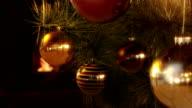 Weihnachtsbaum und Kamin/Endlos wiederholbar