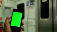 Chroma key: Mit tablet-PC auf den Zug