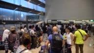 Cientos de pasajeros fueron evacuados del Aeropuerto Internacional de Singapur el martes tras un incendio ocurrido en una terminal que fue controlado...