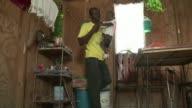 Cinco anos despues del terremoto en Haiti muchas de las 4000 personas que sufrieron amputaciones aún luchan por salir adelante