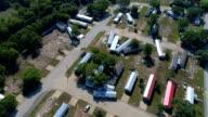 cirkelen boven vernietiging en schade in La Grange, Texas kleine stad Gulf Coast schade zone van Orkaan Harvey Path of Destruction.