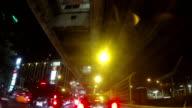 TIME-LAPSE IN HD: La guida in città